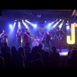 Jaune Toujours 'Bleu' live at treibsAND